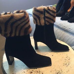 Struart Weitzman Black Suede Boots